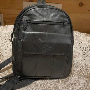 VTG never used leather knapsack